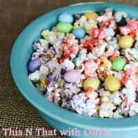 Spring Caramel Corn #12daysof Easter recipes and crafts