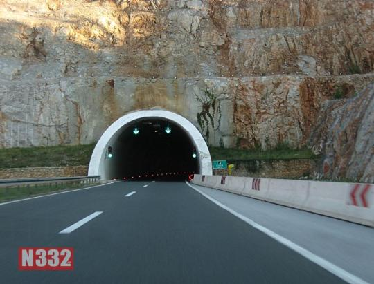 Tunnels and Undrepasses 1