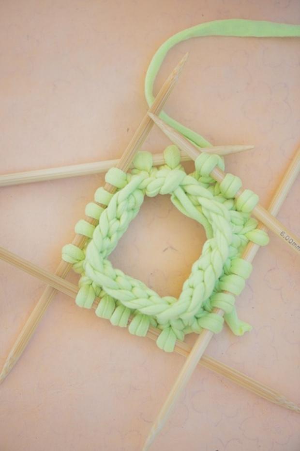 Easy-Knit-Bracelets-1-1