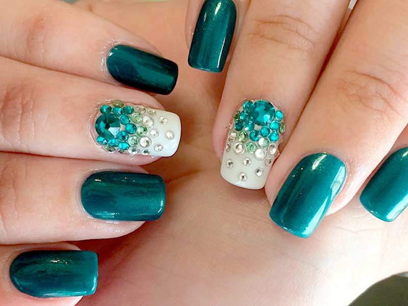 summer nail color   Find Your World