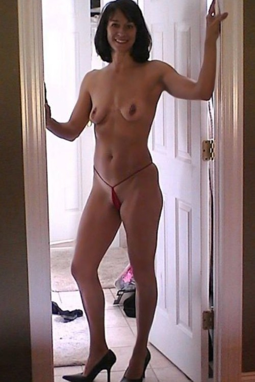 average looking woman naked