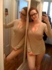 christina-hendricks-topless-leaked-cell-phone-photos-04