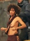 halle-berry-with-no-clothes-on-006