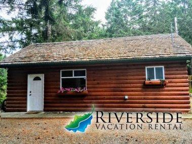 Nanaimo Riverside Cabin