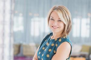 """A aclamada terapeuta belga Esther Perel, autora do best-seller """"Sexo no Cativeiro"""", mora em Nova York (Foto: Divulgação)"""