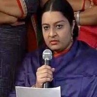 Deepa Jayakumar launches political forum on Jaya's 69th birth anniversary