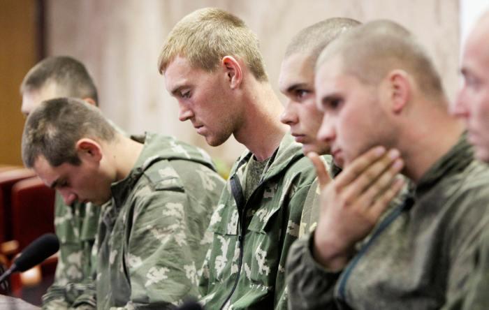 Сьогодні на Донбасі перебуває щонайменше 9 тисяч солдатів регулярної армії Росії
