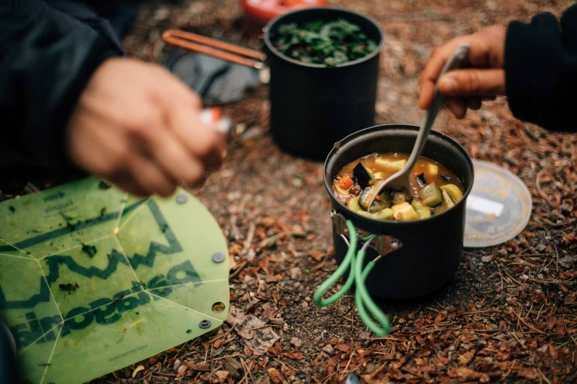 3_ways_to_explore_rocky_mountain_national_park_quest_backpacking_lawn_lake_cutbank_cooking