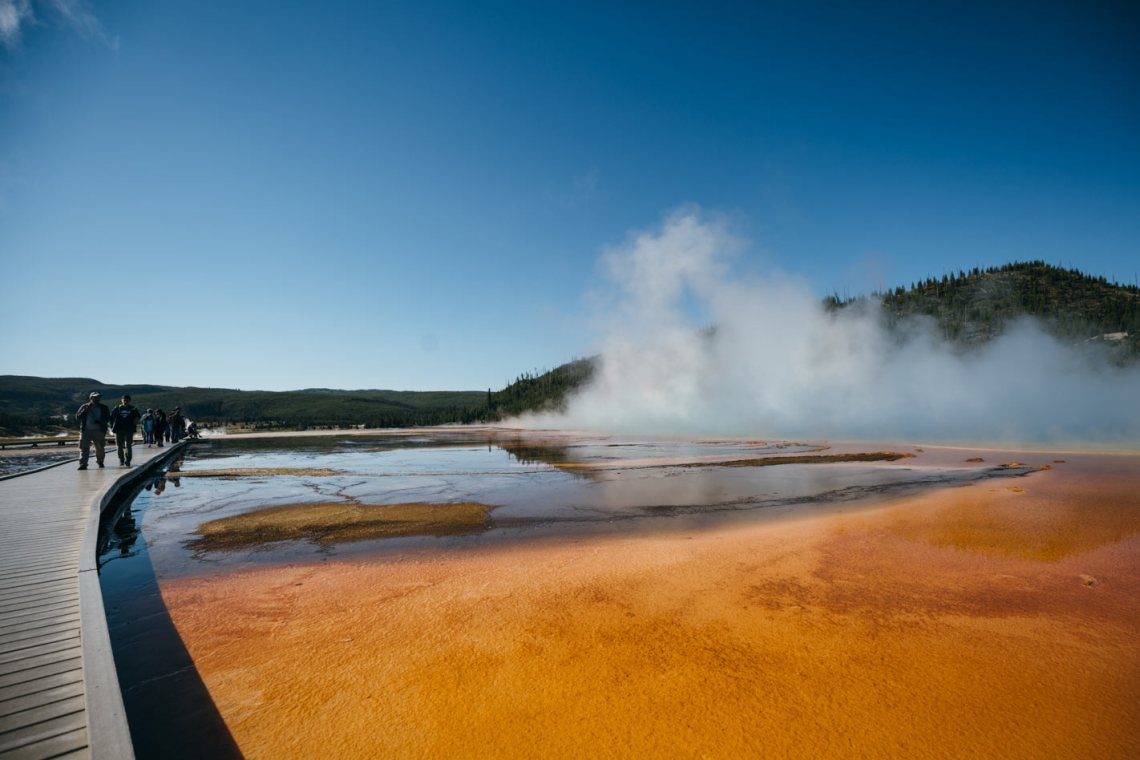 yellowstone_national_park_great_prismatic_spring_park_quest