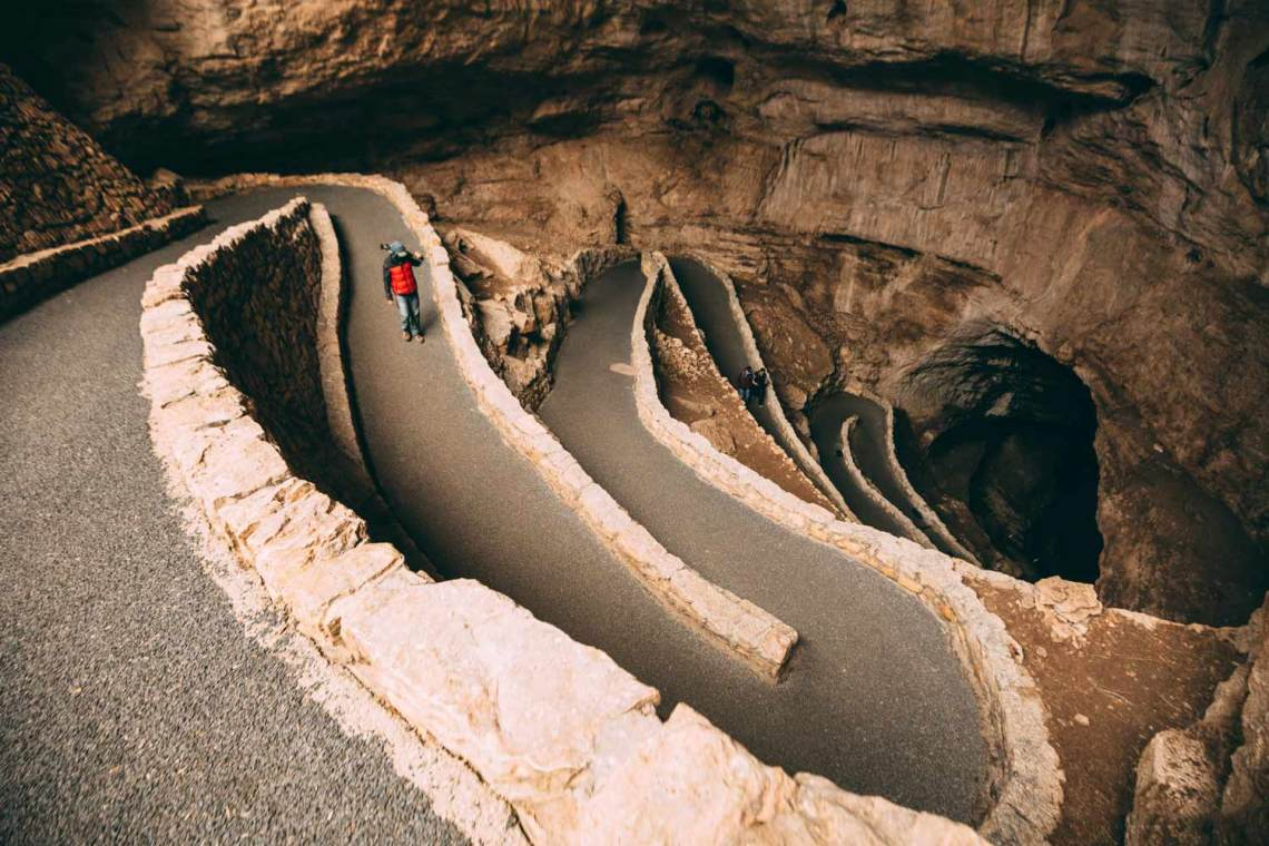 carlsbad_caverns_advice_park_quest_paved_trail
