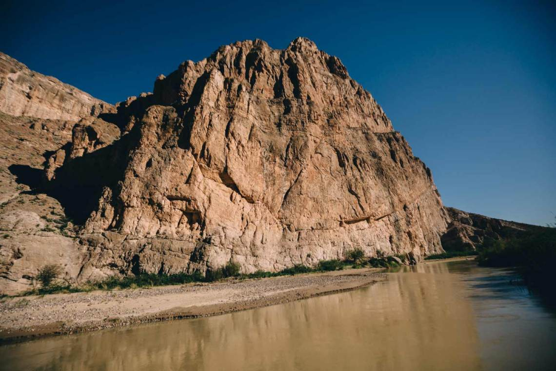 road_into_big_bend_first_impressions_boquillas_canyon_trail