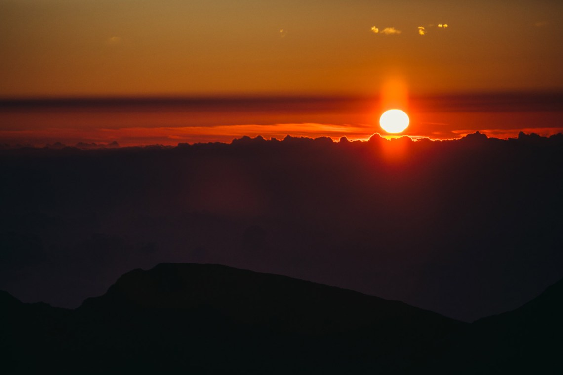 haleakala_legend_sunrise_hawaii