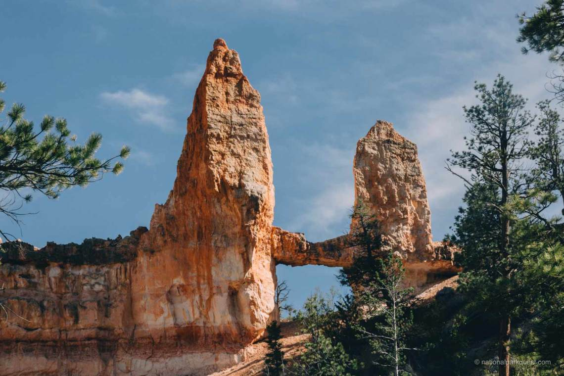 bryce_canyon_fairyland_trail_cliffs_formation