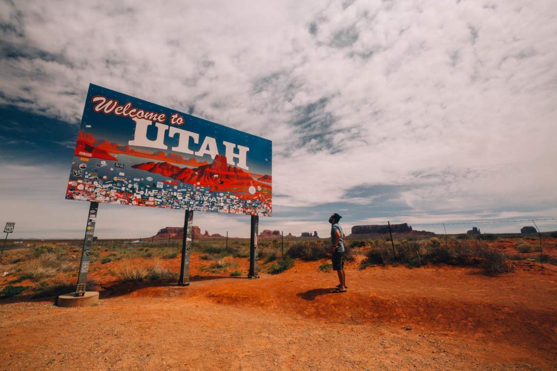 canyonlands_national_park_quest_standing_rock_utah_sign