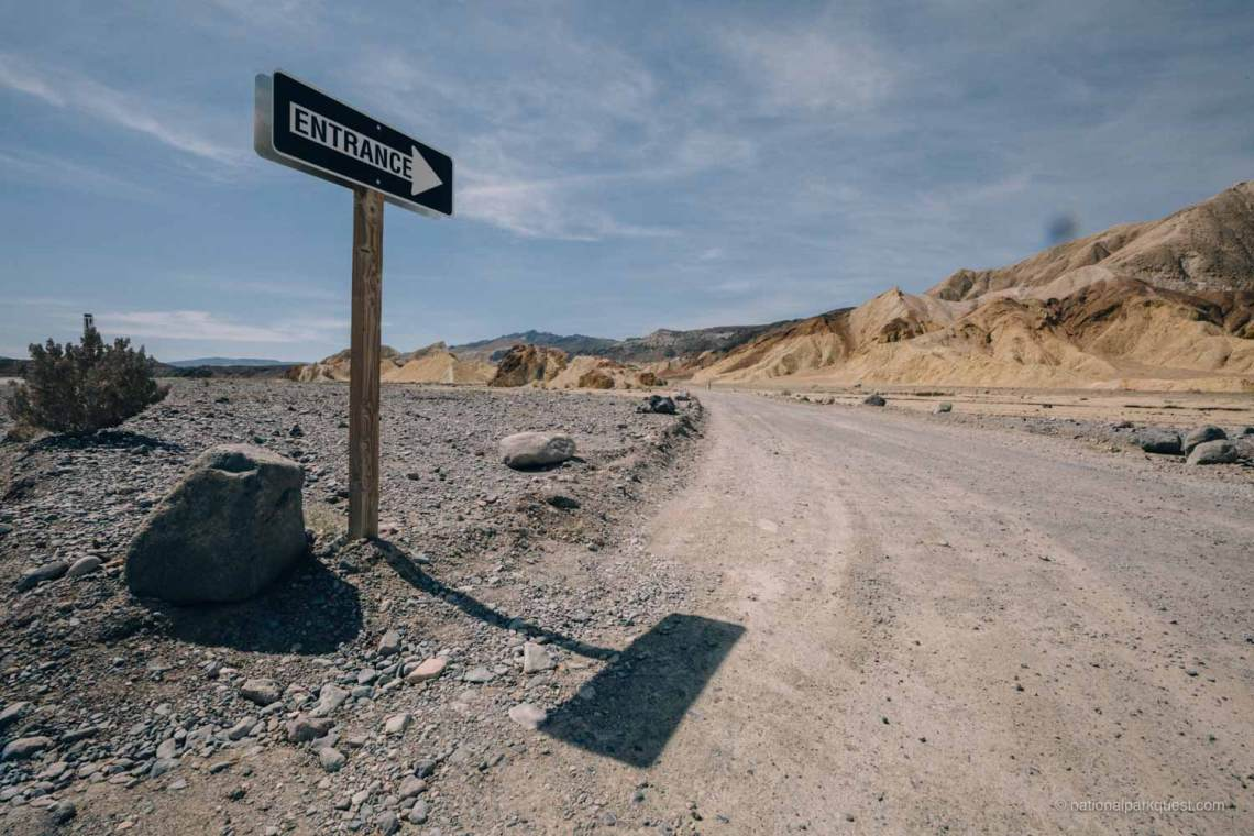 for_those_live_death_valley_entrance