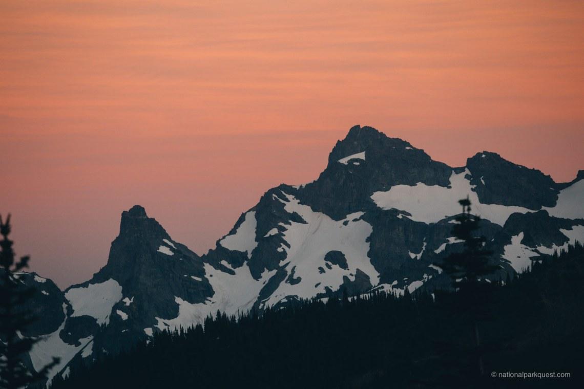 those_who_wander_in_mountain_rainier_sunset