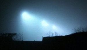 UFO Photo IN indiapolis 30Mar14