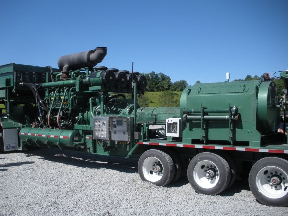 CNG powered hydraulic fracturing unit