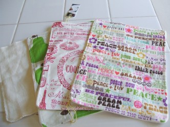 CurlyMonkey Organic cloth wipes assortment