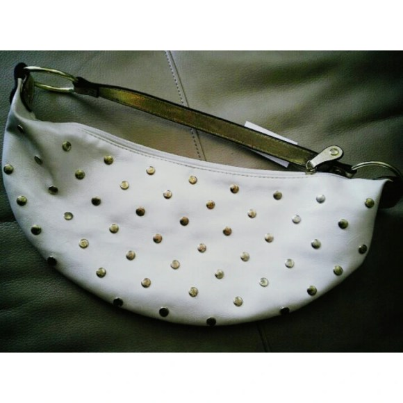Handbag, White, Gold Studded, Goodwill, Fashion, Fashionista, Thrift, Thrifty Thursday, naturally stellar, goodwill gorgeous