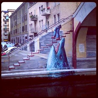 Squalo-naviglio-pavese-murales
