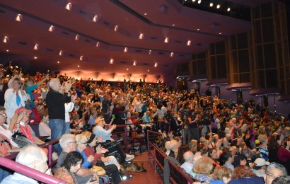 Nearly 2000 attendants voice concerns to Representative Buchanan