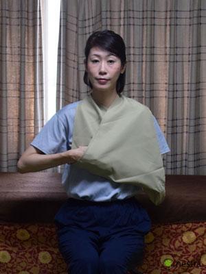 三角巾-巻き方5