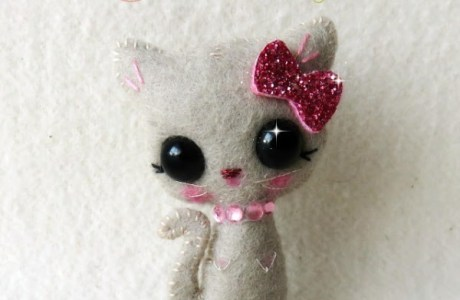 Free Pattern – Embroidered Sparkle Kitty