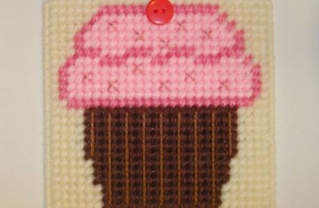 Cupcake Coaster – Free Pattern
