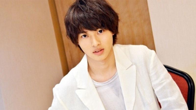 Mengenal Kento Yamazaki, Aktor Yang Kerap Berperan Dalam Adaptasi Live Action