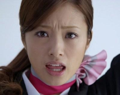画像引用:http://www.officiallyjd.com/wp-content/uploads/2012/01/20120111_hinagataakiko_12.jpg