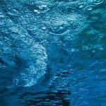 【高解像度】青く澄みきる水