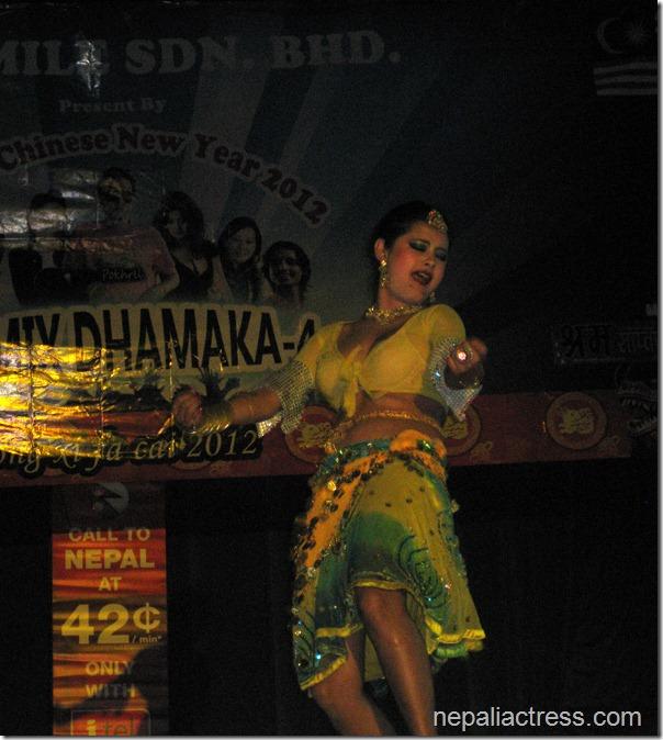 susma-Karki_malaysia_dance (2)
