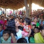 rekha-with-chepang-kids_thumb.jpg