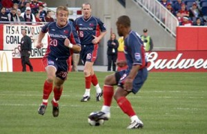 Taylor Twellman calls for the ball as Wolde Harris dribbles. (Photo: Chris Aduama/aduama.com)