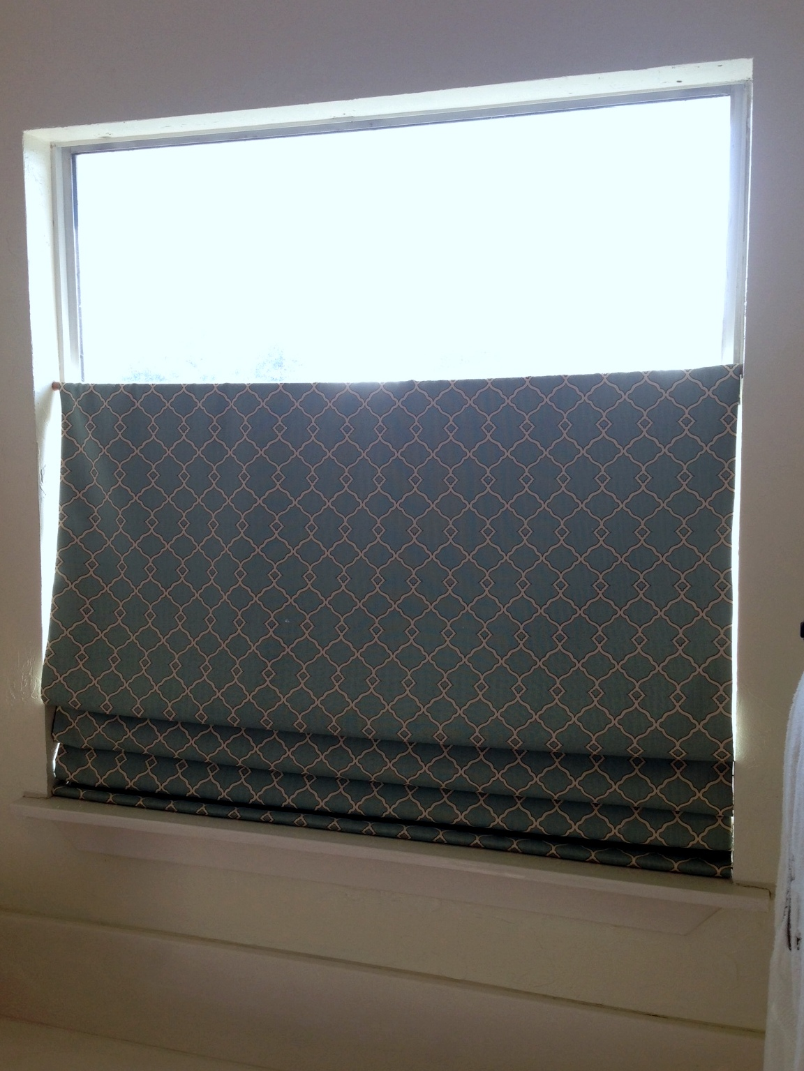 Mind No Sew Down Bottom Up Shade After No Sew Diy Shade A Nest Down Bottom Up Roman Shade Hardware Levolor Down Bottom Up Roman Shades houzz-03 Top Down Bottom Up Roman Shades