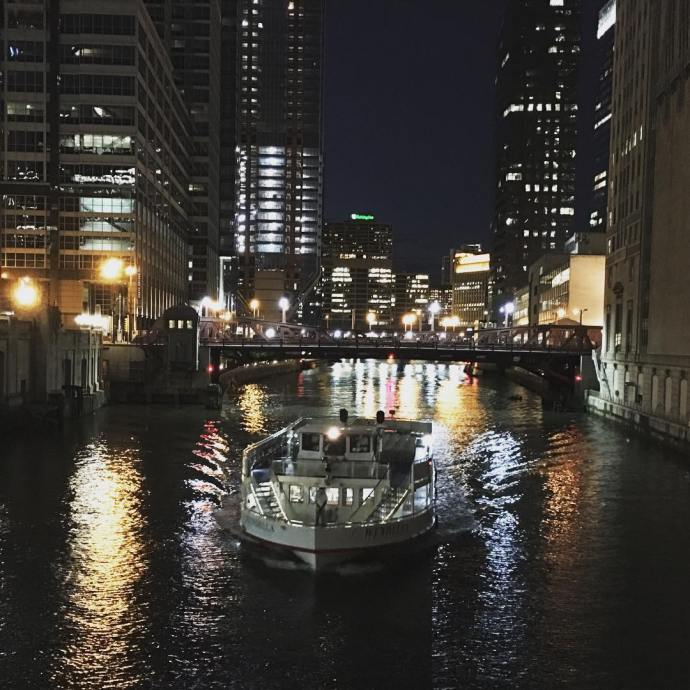 Oh how this city has my heart Chicago chicagoriver nighttime