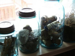 Organization: Taming the kitchen clutter with vintage canning jars