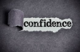 Image shows the word confidence.