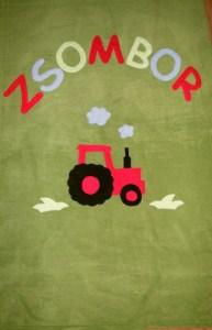 19/3. Piros traktor ikeazöld alapon