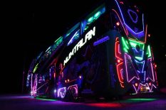 Scania_Party-Bus-4