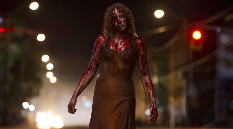 Chloe-Moretz-in-Carrie-2013-Movie-Image4
