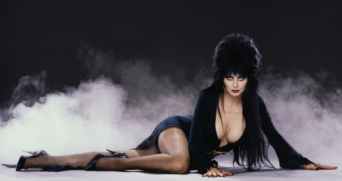 Halloween 2013: Knotts Scary Farm Elvira Look-A-Like Contest on October 5