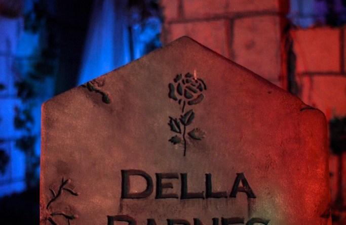 Mourning Rose Manor 2013: Della Barnes Gravestone
