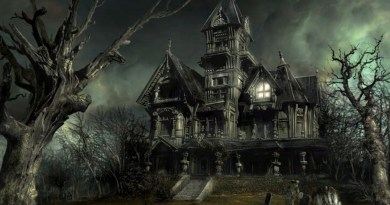 Halloween Haunted House