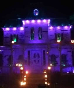 Hollywood Haunter: A Night in a Haunted House 2014