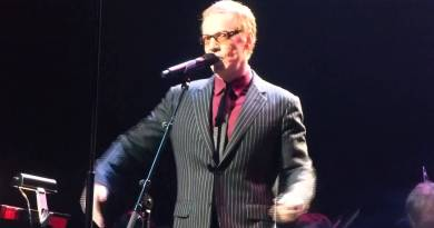 Danny Elfman returning to Hollywood Bowl for Halloween 2016, singing Nightmare Before Christmas