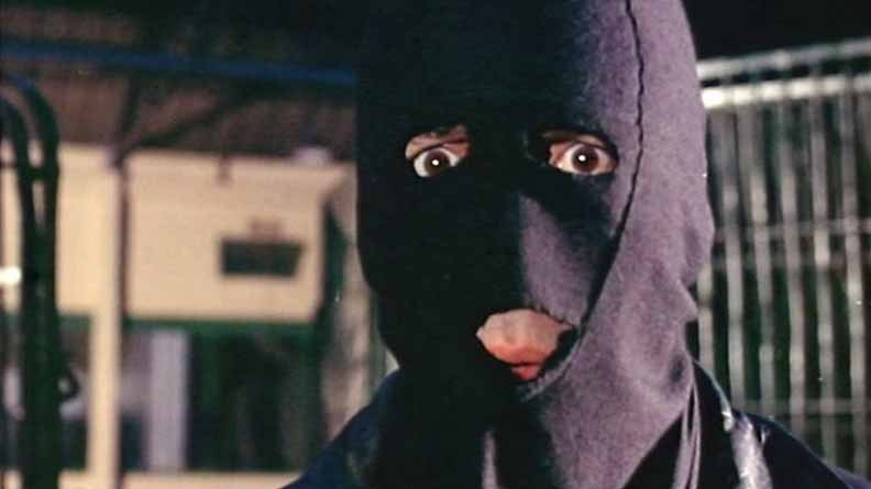 Psycho Circus Circus of Fear Christopher Lee in mask
