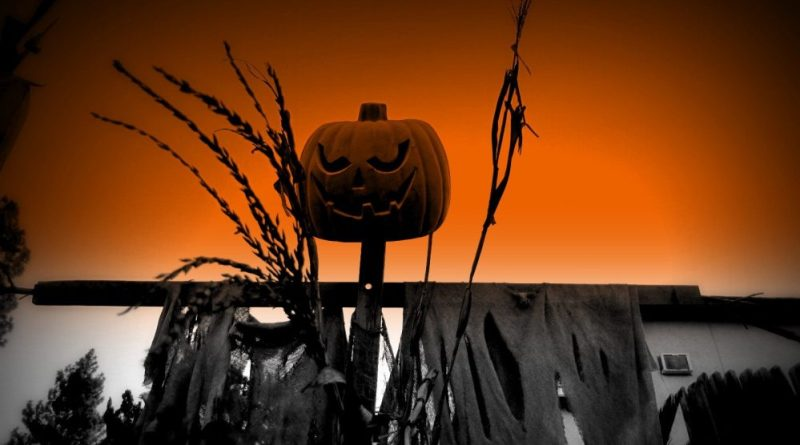 hacienda-heights-haunted-maze-jack-o-lantern