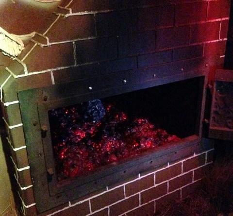 rotten-apple-2016-oven